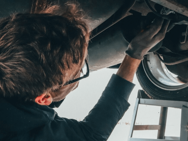 Benefits of an independent car garage Salisbury   Rangers News
